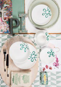 Grün mit Pink und Rosatönen geht immer #gmundner #keramik #purgeflammt #handbemaltes #Geschirr #interior Decorative Plates, Pure Products, Nice, Tableware, Design, Home Decor, Hand Painted Dishes, Handmade, House