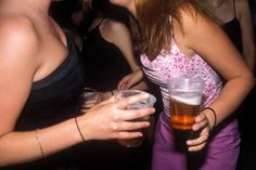Poor body image in teen girls leads to more alcohol consumption: study