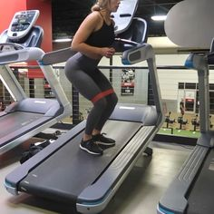 """32.3k Likes, 1,129 Comments - Whitney Simmons (@whitneyysimmons) on Instagram: """"Leggies just about fell off after this one incline treadmill work gives the lower half a good…"""""""