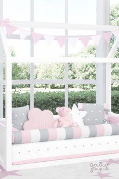 Baby Bedroom, Baby Room Decor, Kids Bedroom, Bedroom Furniture, Furniture Design, Baby Quilts, Valance Curtains, Toddler Bed, Nursery
