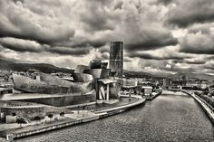 Guggenheim Bilbao e Arcade Fire. by Alberte Couto, via Flickr Guggenheim Bilbao, Arcade Fire, New York Skyline, Explore, Travel, Concert, Museums, Viajes, Destinations