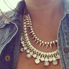 How to Chic: A DENIM SHIRT PLUS A STATEMENT NECKLACE