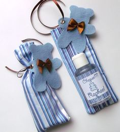 Lembrança de maternidade Baby Favors, Baby Shower Favors, Baby Shower Parties, Baby Boy Shower, Baby Shawer, Baby Kit, Baby Shower Souvenirs, Baby Party, Baby Room
