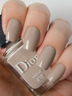 Here's my full guide to neutral nails including 25 neutral nail colors! Neutral nails work for any season but I've also broken down neutral nail colors by the time of year you're most likely to find them Dior Nail Polish, Dior Nails, Nude Nails, Nail Polish Colors, My Nails, Neutral Nail Polish, Neutral Nail Color, Fall Nail Colors, Neutral Tones