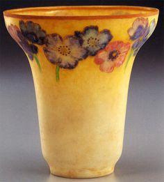 Art Nouveau - Vase - Pâte de Verre - Albert-Louis Dammouse -1898-1900 - En 1892, il construit son propre four dans son atelier. Son goût des effets chromatiques et des translucidités l'amène, à partir de 1898, à produire des pâtes de verre d'une beauté incomparable. Il les expose pour la première fois au Salon National des Beaux Arts de 1898 sous le nom de « pâtes d'émail », puis à celle de 1900 et encore à l'exposition de 1925.
