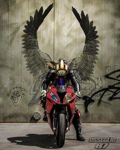 Good night Rider: @ BMW Used equipment sales page @ Moto. Bmw S1000rr, Bmw E46 Coupe, Bmw Z4 Roadster, Bmw Alpina B7, Bmw Z3, Gp Moto, Moto Bike, Futuristic Motorcycle, Motorcycle Art