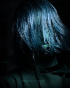 Something different Model: Sam . . #creative #art #funny #blue #portrait #photography #fun #fotografie #stuttgart #germany #folkportraits #looklikefilm #makeportraits #moodygrams #artofportrait #unifilmfoto #portraitsociety #vscoportrait #vscomag #hair #moody #mood #bluehair #moodyports