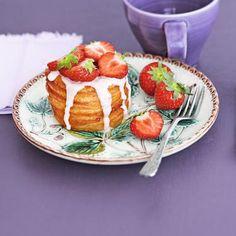 Strawberry Cream Cronuts