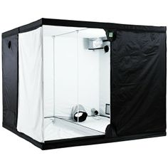 Titan+ BudBox Grow Tent - a large hydroponics grow tent with plenty of room for plants and a load of special features that make it a great growing environment.