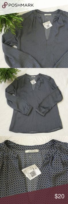 """SALE! NWT Promod blouse This NWT Promod blouse is size a US 6 and EUR 38. Made from 100% polyester that is very soft and silky. Armpit to armpit is 19"""" and length from the back of the neck is 26"""". A great blouse for work or play! Promod Tops Blouses"""