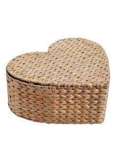 Matslan heart shaped basket