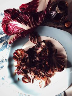 grilled radicchio with balsamic vinegar, raw leaves of radicchio, and a bottle of balsamic vinegar Vegetarian Italian Recipes, Best Italian Recipes, Quick French Toast Recipe, Italian Side Dishes, Balsamic Vinegar Recipes, Yorkshire Pudding Recipes, Mediterranean Recipes, Gourmet Recipes