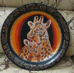 Тарелка диаметр 26 см, точечная роспись.Акриловые краски,покрытие лаком.