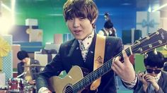 Yoo Seung Woo. I really love this guy. His music is so calming. He is like a Teddy Bear.