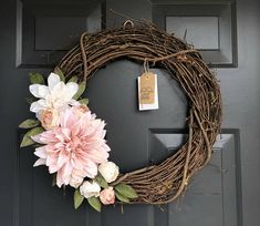 Grapevine spring wreath with dahlia. So simple and pretty. Collective #ad