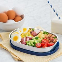 Kids will love this Cobb salad – it's garnished with all their favourite toppings. Whether for a school lunch, or a light dinner - try it, today. Egg Recipes For Kids, New Recipes, Salad Recipes, Healthy Recipes, Delicious Recipes, Healthy Food, Best Breakfast, Breakfast Recipes, Breakfast Dessert