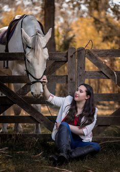 #book15 #15años #campo #caballos ig: @diegoahumadafotografia Horses, Country, Party, Animales, Horse