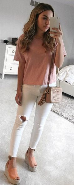 #spring #outfits  Blush Tee & White Destroyed Skinny Jeans & Coral Wedge