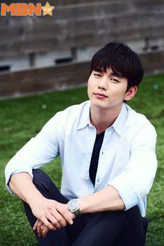 YooSeungHo #유승호 Media Photos Asian Actors, Korean Actors, Master Of Study, Kdrama, Yo Seung Ho, Robot, Too Close For Comfort, Song Joong Ki, Child Actors