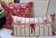 Feed-sacks Made Lovely / by Evi's Country Snippets Sewing Pillows, Diy Pillows, Decorative Pillows, Throw Pillows, Pillow Ideas, White Pillows, Red Cottage, Red Gingham, Pillows
