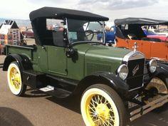 Model T truck... cool