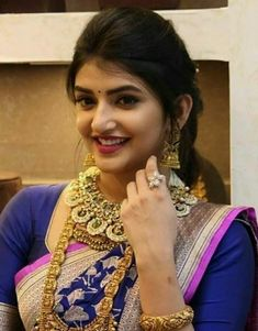 Beautiful Girl In India, Beautiful Girl Photo, Beautiful Indian Actress, Beautiful Actresses, Beautiful Women, Beauty Full Girl, Beauty Women, Dehati Girl Photo, Bridal Hair Buns