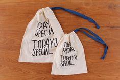 お気に入りの布で手作りしちゃお♡「巾着袋」の作り方とみんなのおしゃれ巾着 | キナリノ Reusable Tote Bags, Sewing, Fashion, Moda, Dressmaking, Fashion Styles, Sew, Fashion Illustrations, Stitching