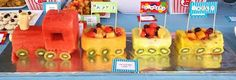 New birthday cake fruit kids Ideas Fruit Birthday Cake, Cool Birthday Cakes, Birthday Fun, Birthday Ideas, Birthday Stuff, Fruit Party, Fruit Snacks, Fun Fruit, Salads For Kids