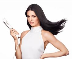 Kendall Jenner Photoshoot, Kendall Jenner Outfits, Kendall And Kylie, Kardashian Jenner, Kylie Jenner, You're Hot, Celebrity Wallpapers, Look Alike, Flat Iron