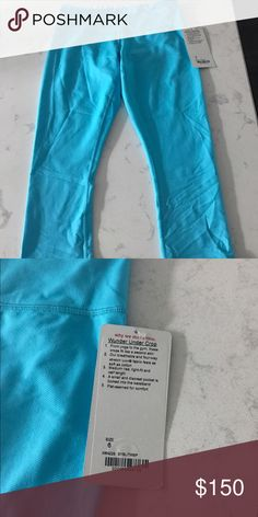 RARE lululemon wunder under blue 6 NWT Old school wunder unders from lululemon. Size 6 new with tags. Literally found these newbies while cleaning out my closet. Never worn. Since they are years old they are the good well constructed lulu crop pants I believe. Beautiful turquoise color!!!! lululemon athletica Pants Capris