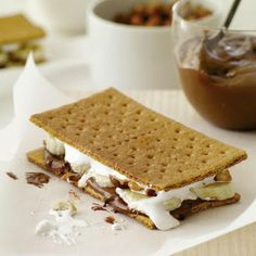 Banana-Nutella S'Mores @keyingredient #sandwich #nutella