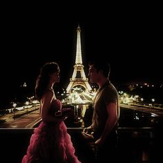 Blair Waldorf and Chuck Bass in Paris
