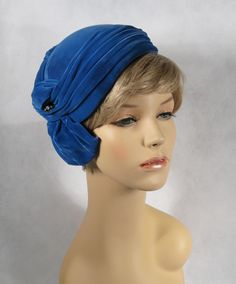 Vintage 1950s asymmetrical royal blue velvet cocktail hat by Christine.
