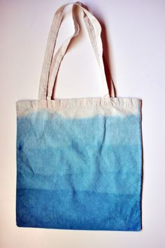 I love, love, love this tie dye canvas bag. So simple but so beautiful.