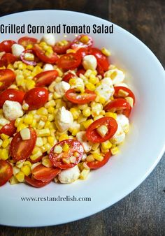 Grilled Corn and Tomato Salad is the perfect side dish for your Fourth of July party! #fourthofjulyfood #fourthofjulyrecipe