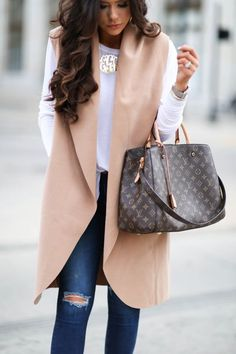 Louis Vuitton New Handbags, The Best Choice For Gifts. Louis Vuitton New Handbags, The Best Choice For Gifts. Mode Outfits, Winter Outfits, Casual Outfits, Fashion Outfits, Womens Fashion, Fashion Trends, Fashion Bags, Fashion Handbags, Runway Fashion