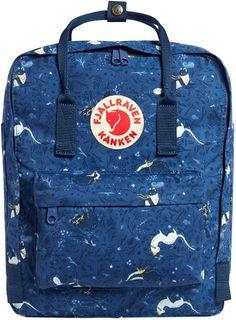🔝MOCHILA KANKEN IMPERMEABLE MUJERES 🥇. Enorme surtido de la icónica mochila sueca nacida en 1978. Hecha con materiales sostenibles, merece la pena comprarla a pesar de su precio. De todas formas, en AMAZON están más baratas que en la propia marca FJÄLLRAVEN KANKEN. Dispones de diferentes tamaños y colores. Compra ya. Kipling Backpack, Gym Backpack, Kanken Backpack, Leather Backpack, Lacrosse Backpacks, Mochila Kanken, Suitcase Set, Canvas Messenger Bag, Shoulder Backpack
