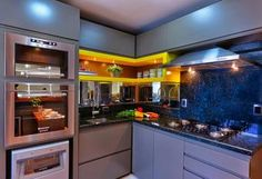 Cozinha cinza e amarela!