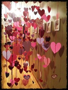 Vertical lines with hearts