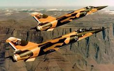 ☆ South African Air Force ✈Mirage F 1 s Military Jets, Military Aircraft, Air Force Day, South African Air Force, Air Show, African History, War Machine, North Africa, Fighter Jets