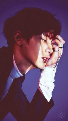 Imagen vía We Heart It #exo #iphone #kpop #monster #wallpaper #lockscreen #chanyeol