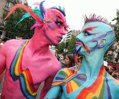 Googles billedresultat for http://kevinmacdonaldespanol.files.wordpress.com/2012/02/gay_parade.jpg
