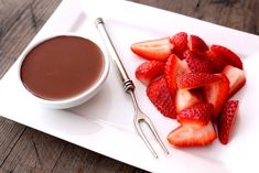 skinnymixer's Guilt Free Chocolate Sauce Hcg Diet Recipes, Skinny Recipes, Real Food Recipes, Cooking Recipes, Skinny Meals, Bellini Recipe, Gluten Free Deserts, Low Carb Sauces, Healthy Sweet Treats