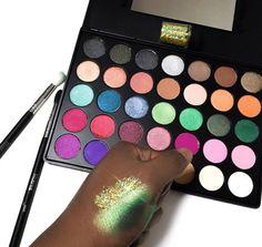 @morphebrushes 35E palette
