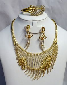 High Quality Dubai Gold Plated Bold Rhinestone Crystal Party Wedding Necklace Set - PrestigeApplause - Jewels
