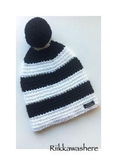Crochet hat wool hat bom bom hat