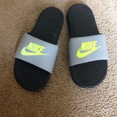 Flip flops Comfy slide on flip flops! 6 youth Nike Shoes Slippers