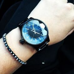 The Facet tagged #nixon on Instagram by beeeckyxo. Do you have a Facet? Tag it #nixon for a chance to be featured, too.
