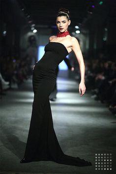 Fotograaf: Herman van Gestel  Model: Daisy  Fashion: BrianEnricoBodyCouture