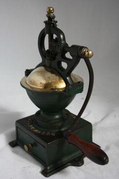 Antique GOLDENBERG GARANTIE Coffee Grinder Mill Cast-Iron RARE Moulin cafe c1900